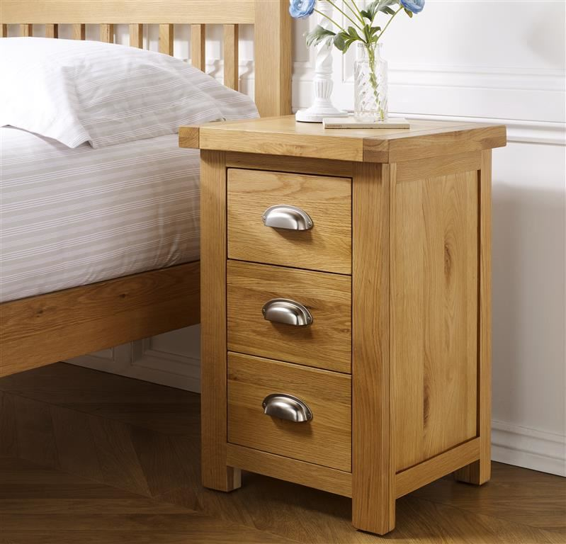 Birlea Woburn Large 3 Drawer Bedside Solid Chest Oak Wood Traditional Assembled
