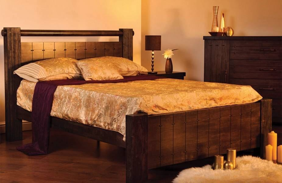 Sweet Dreams Mozart Chunky Wooden Bedstead 4'6'' Double bed Frame