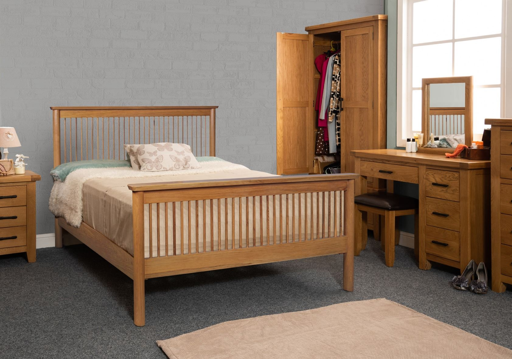 Sweet Dreams Jacob Solid Oak Wood Bed Frame 4FT6 135cm Double Pine Wooden