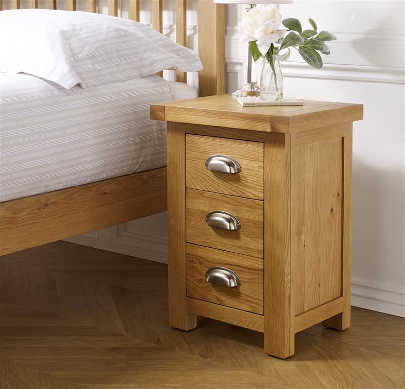 Birlea Woburn Small 3 Drawer Bedside Solid Chest Oak Wood Traditional Assembled
